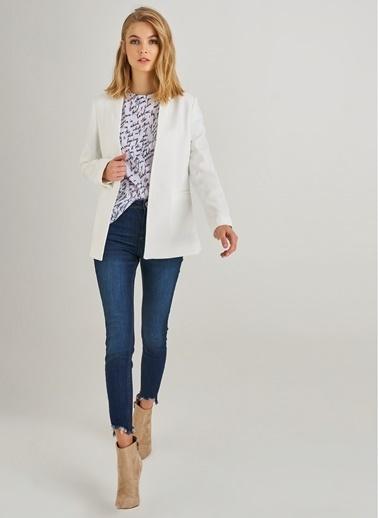 Monamoda Yakasız Blazer Ceket Beyaz
